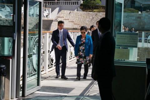 참부모님 HJ천보수변카페 방문
